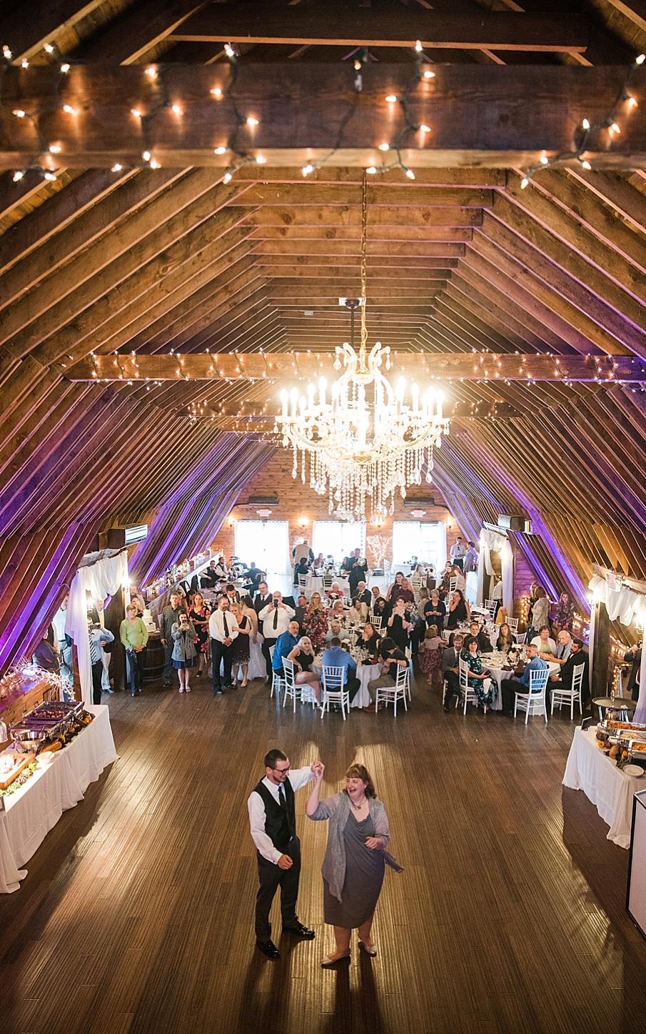 senecaryanco-pennsylvania-wedding-photographer-scranton-farmatcottrelllake_0435.jpg
