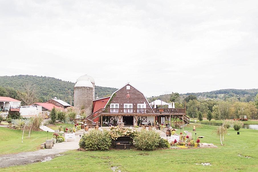 senecaryanco-pennsylvania-wedding-photographer-scranton-farmatcottrelllake_0448.jpg
