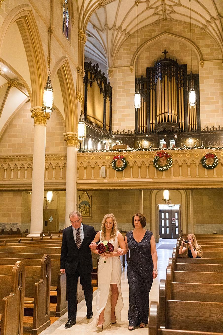 senecaryanco-pennsylvania-wedding-photographer-scranton-barnatglisteningpond_0062.jpg