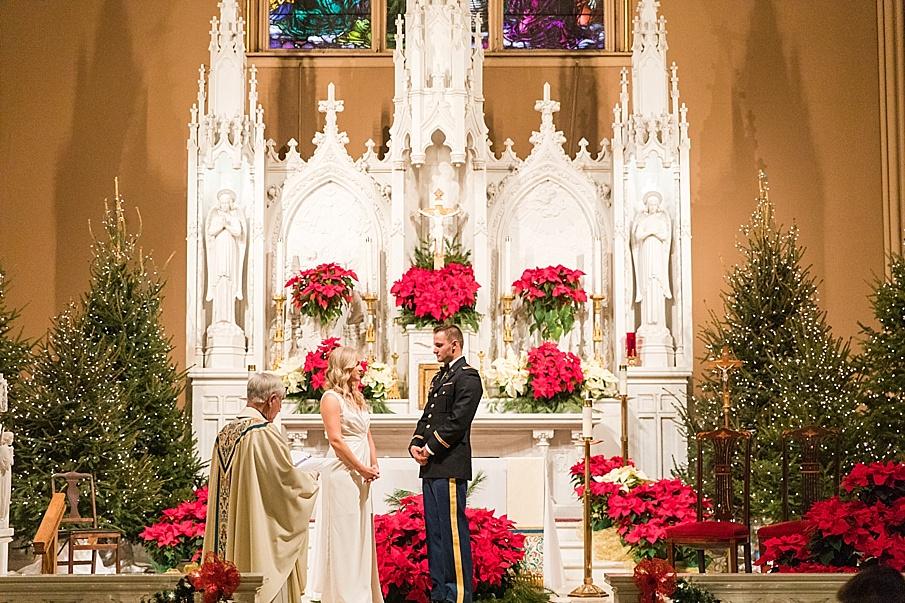 senecaryanco-pennsylvania-wedding-photographer-scranton-barnatglisteningpond_0069.jpg