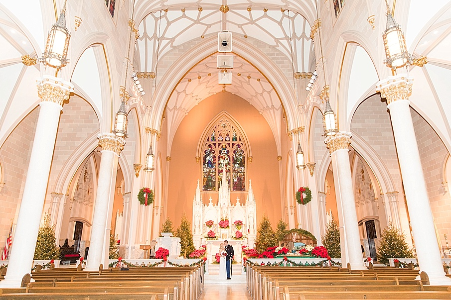 senecaryanco-pennsylvania-wedding-photographer-scranton-barnatglisteningpond_0085.jpg