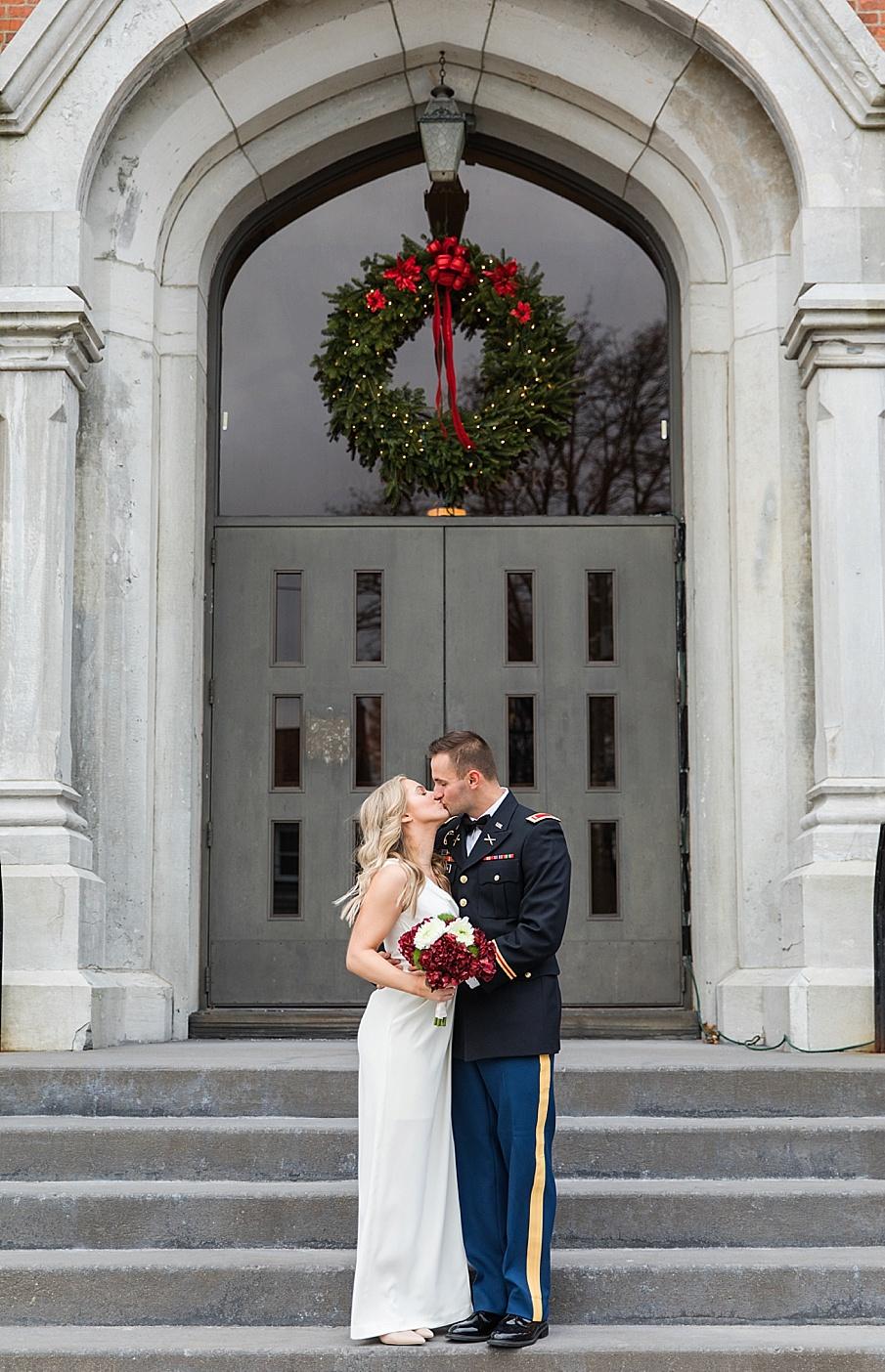 senecaryanco-pennsylvania-wedding-photographer-scranton-barnatglisteningpond_0093.jpg