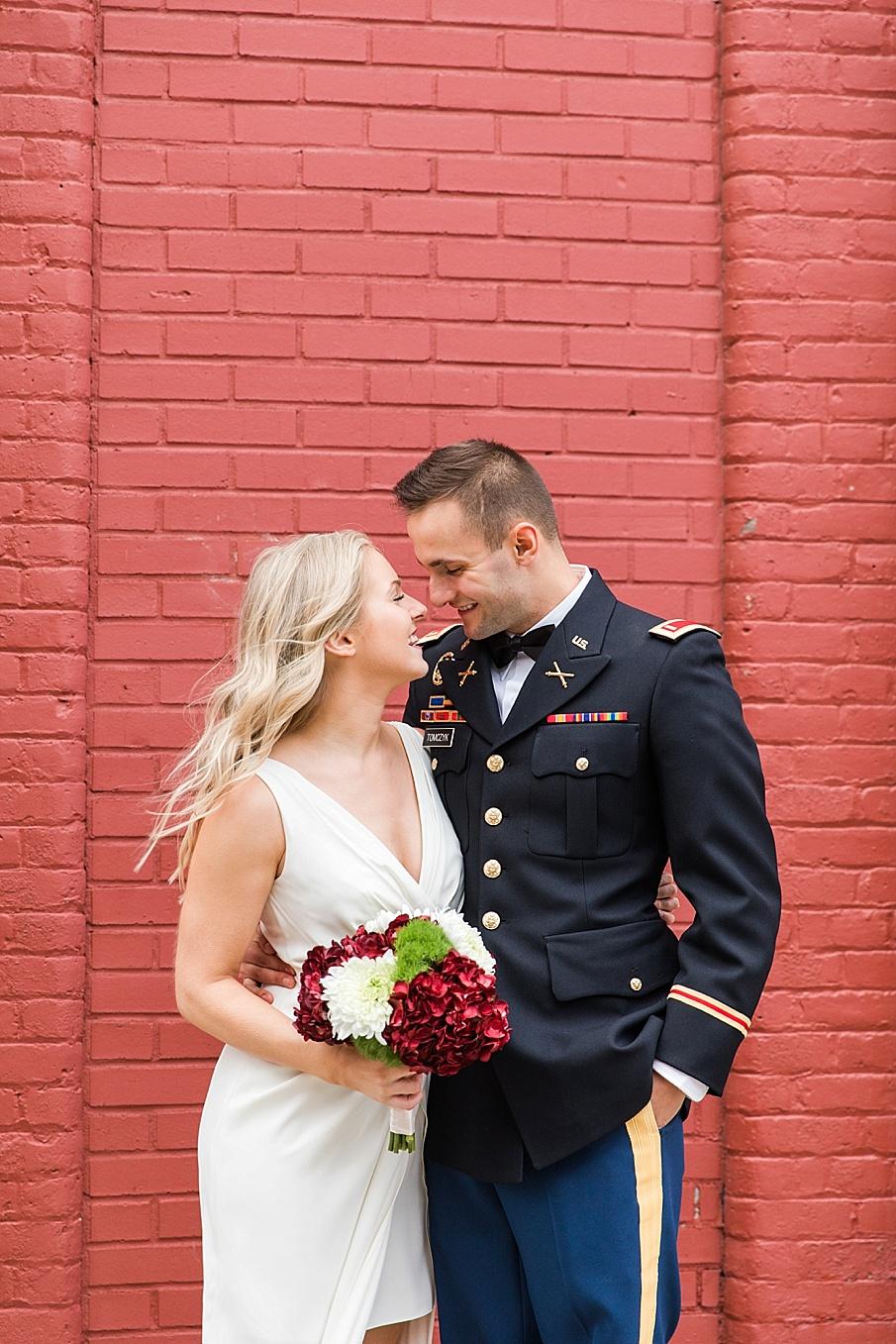 senecaryanco-pennsylvania-wedding-photographer-scranton-barnatglisteningpond_0100.jpg