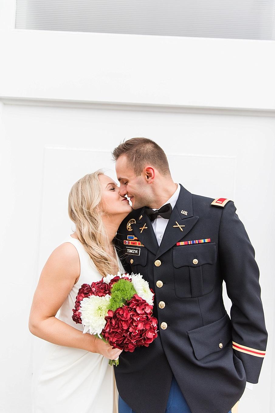 senecaryanco-pennsylvania-wedding-photographer-scranton-barnatglisteningpond_0116.jpg