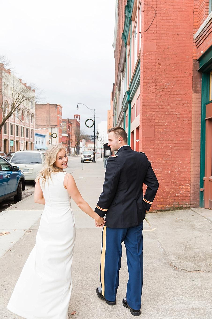 senecaryanco-pennsylvania-wedding-photographer-scranton-barnatglisteningpond_0119.jpg