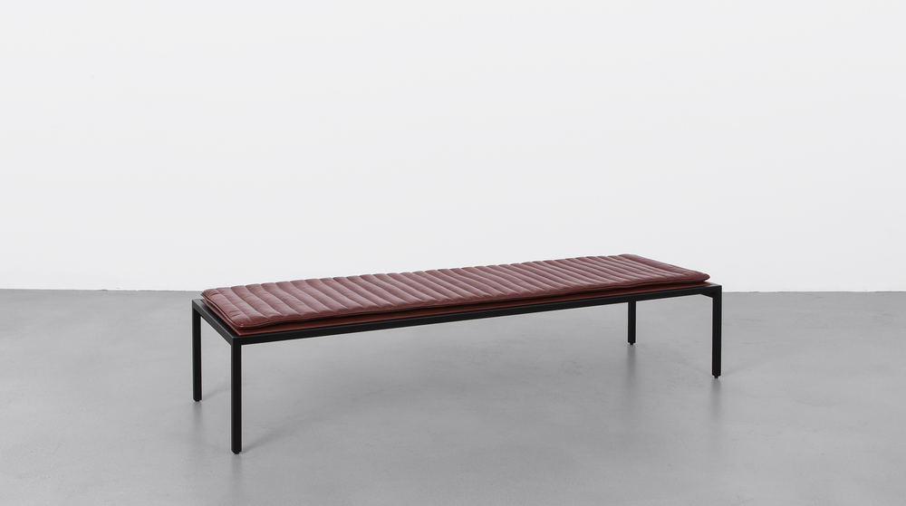 Contract_Leather_Bench_Red_02.jpg