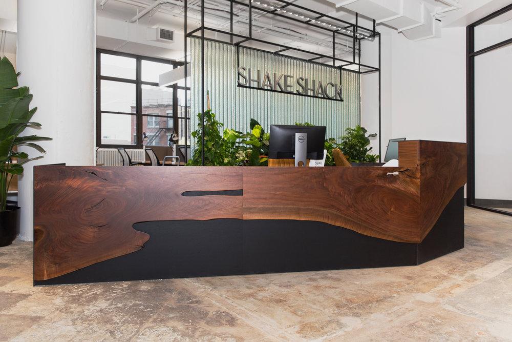 SHAKE SHACK HQ