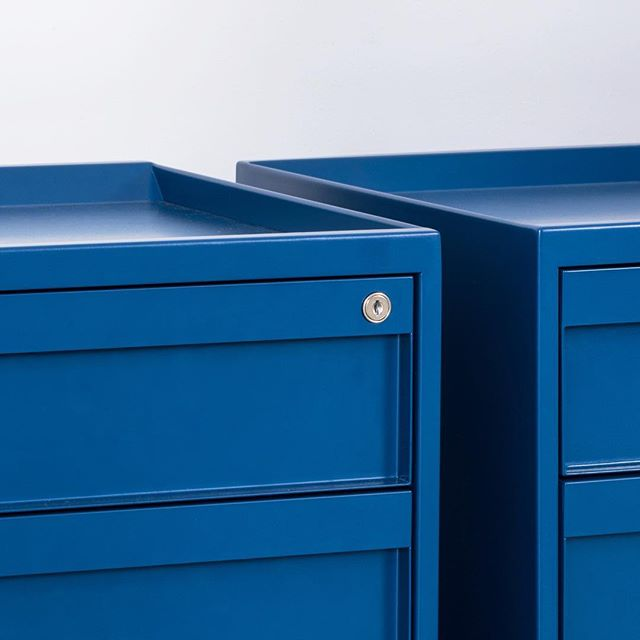 Our storage line Totem is getting some siblings 👨‍👧‍👦 Stay tuned for new configurations !⠀ ⠀ ⠀ ⠀ ______________________________________________⠀ ⠀ #totem #storage #office #design #officedesign #workplace #furniture #filing #cabinet #pedestal #filecabinet #smartstorage #uhurudesign #newamericandesign