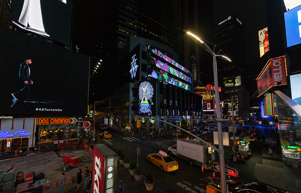 ChimaCloud   Video Midnight Moment Time Square Photo Credit: Ka-Man Tse for @TSqArts 2016