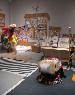 Pessoas de Rua/People of the Street  Mixed media installation  Performance (2 hours) 2006