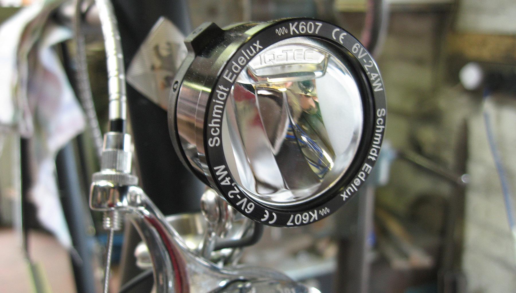 Vickers Bike 01