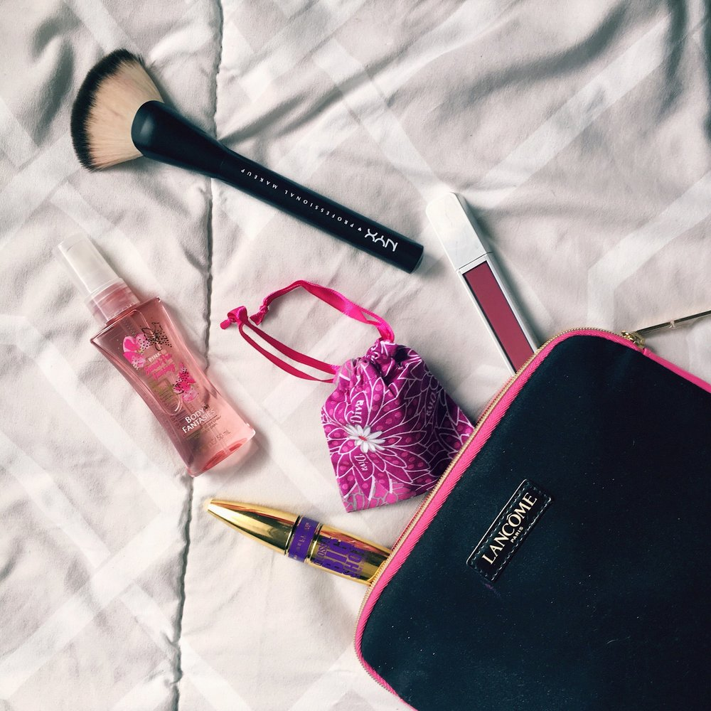 Can easily fit in your makeup pouch!