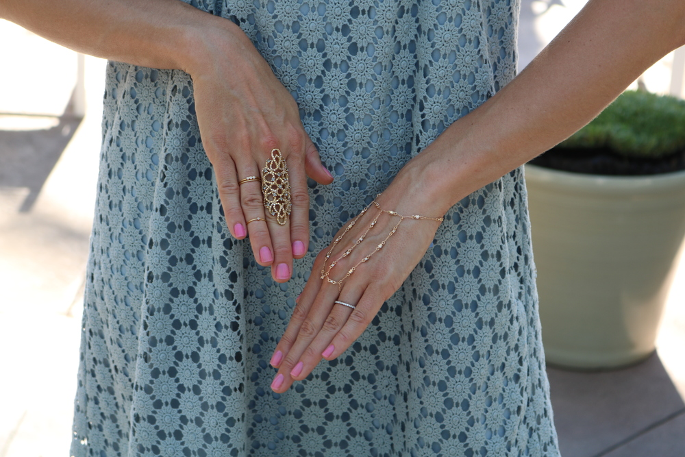 fashion-jewelry-baublebar-hand-chain-rings