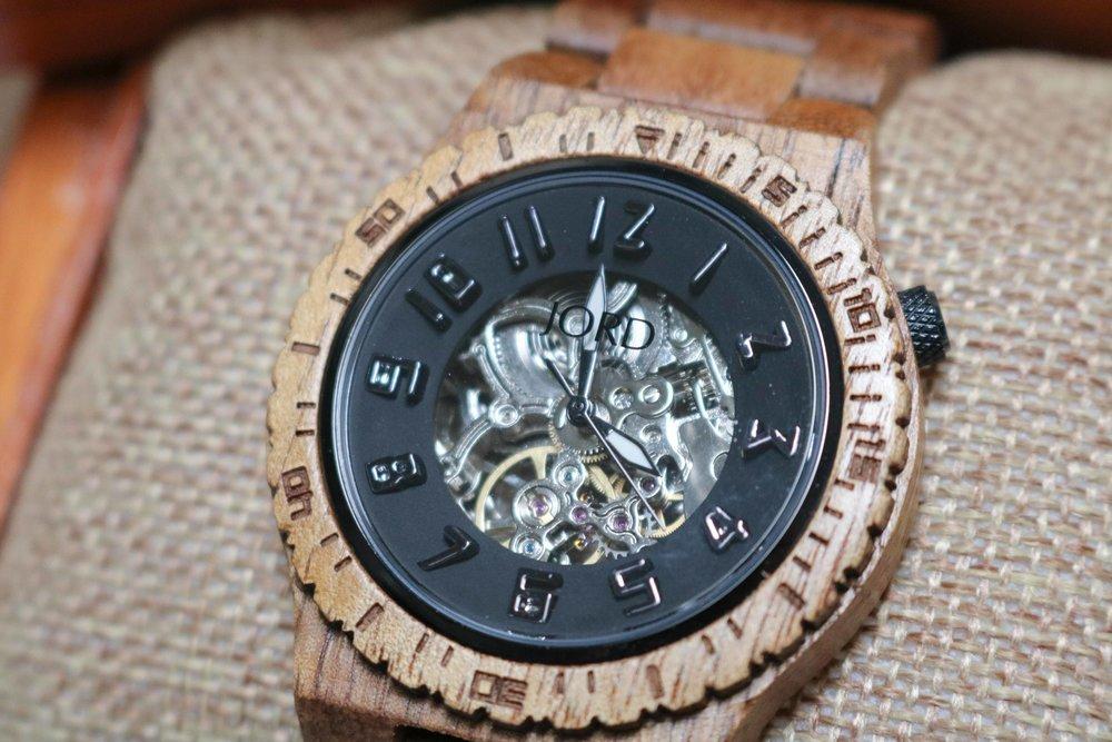 jord-wood-watch-2.jpg