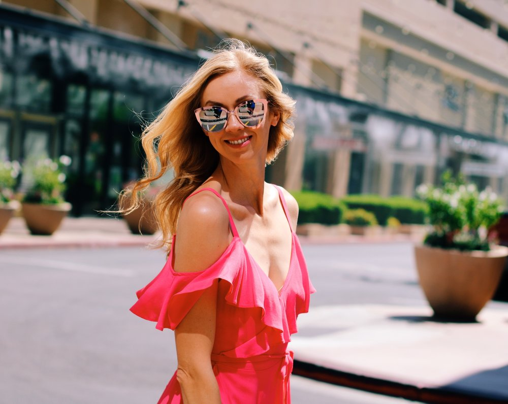 cupcakes-and-cashmere-flutter-dress-quay-super-girl-sunglasses.jpg