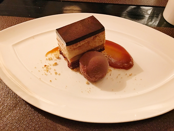 harvest-table-napa-valley-chocolate-peanut-butter-dessert.jpg