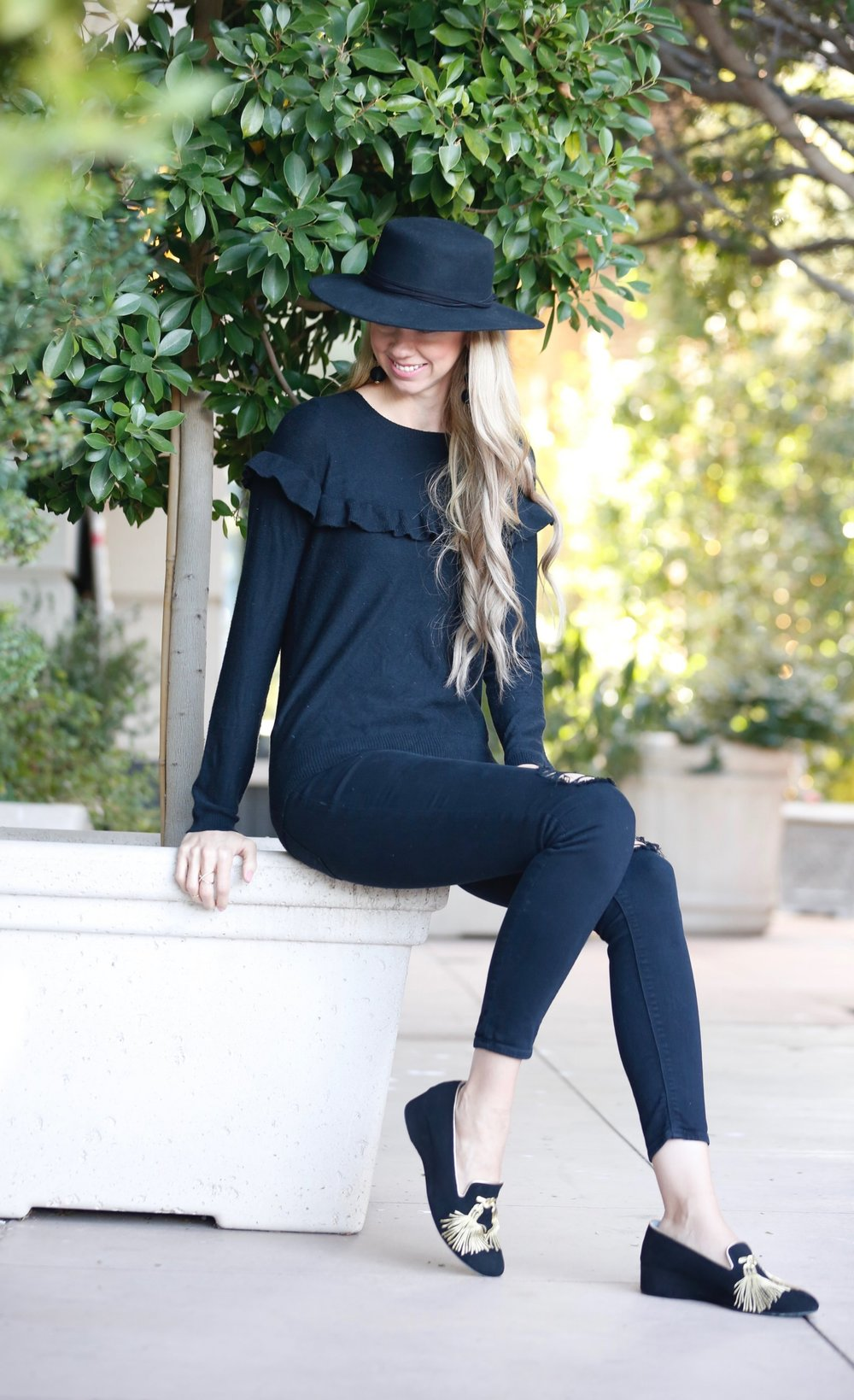 theirry-rabotin-shoes-tassel-loafers-serra-black-hat.jpg