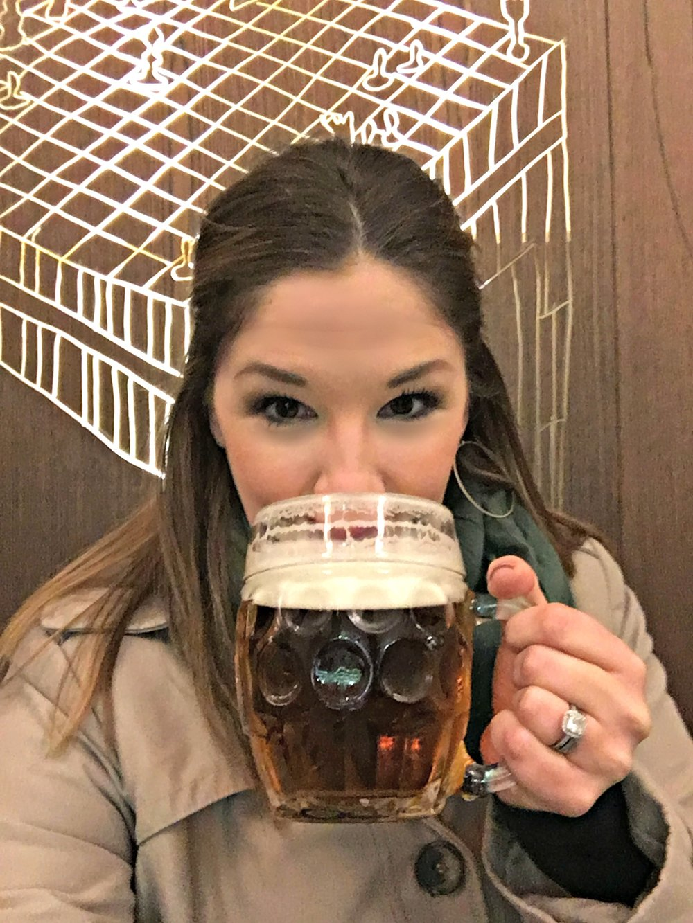 Beer drinking in Prague on the food tour