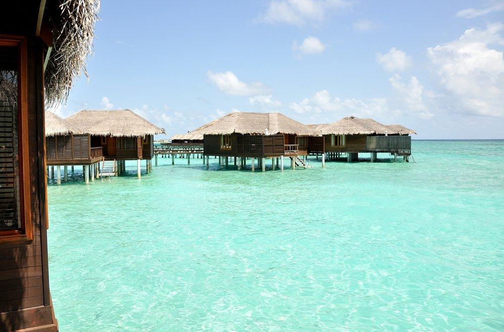 maldives-400736_1920.jpg