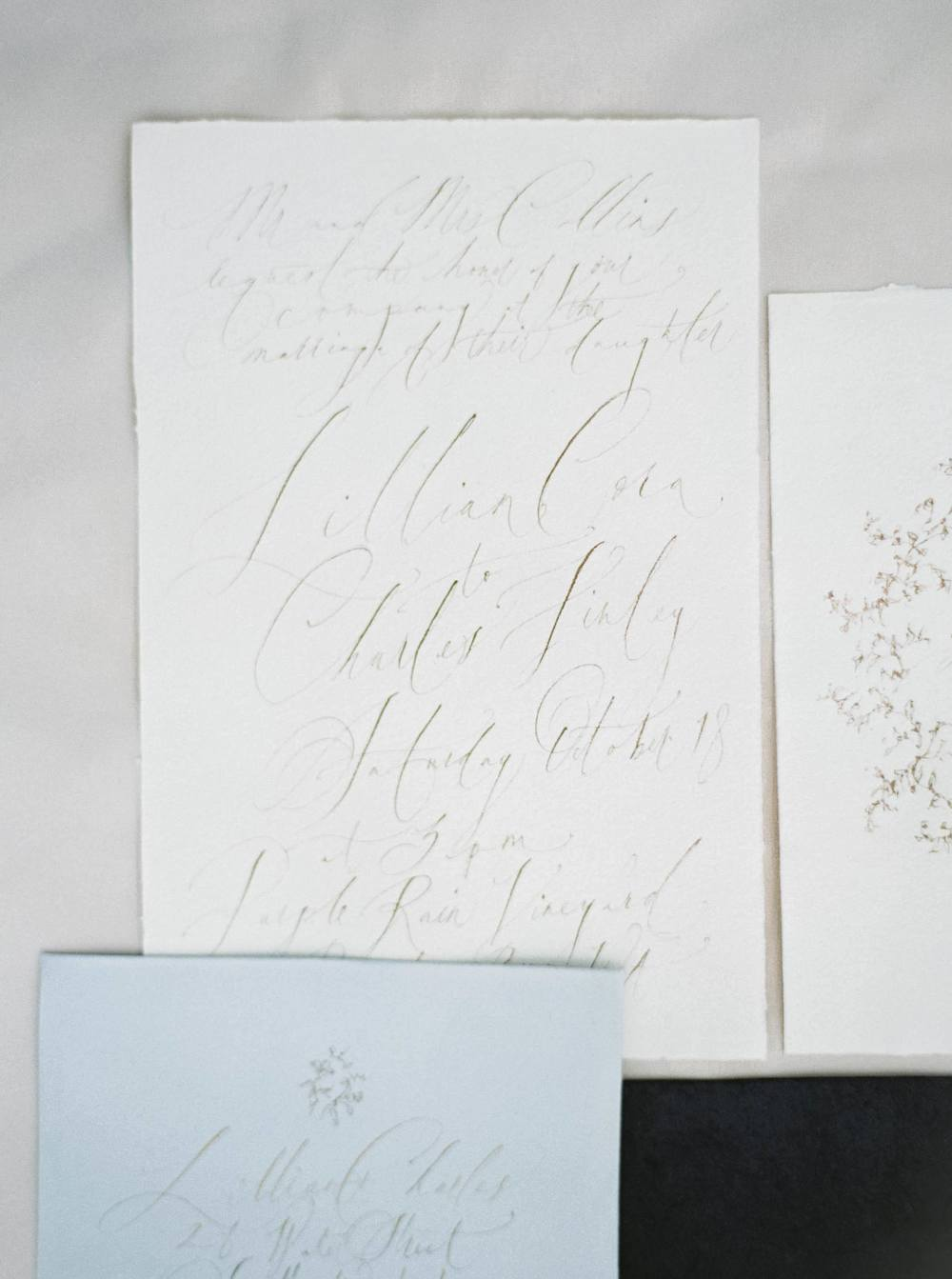 4-organic-calligrapher-wedding-invitation-suite-tara-spencer.jpg