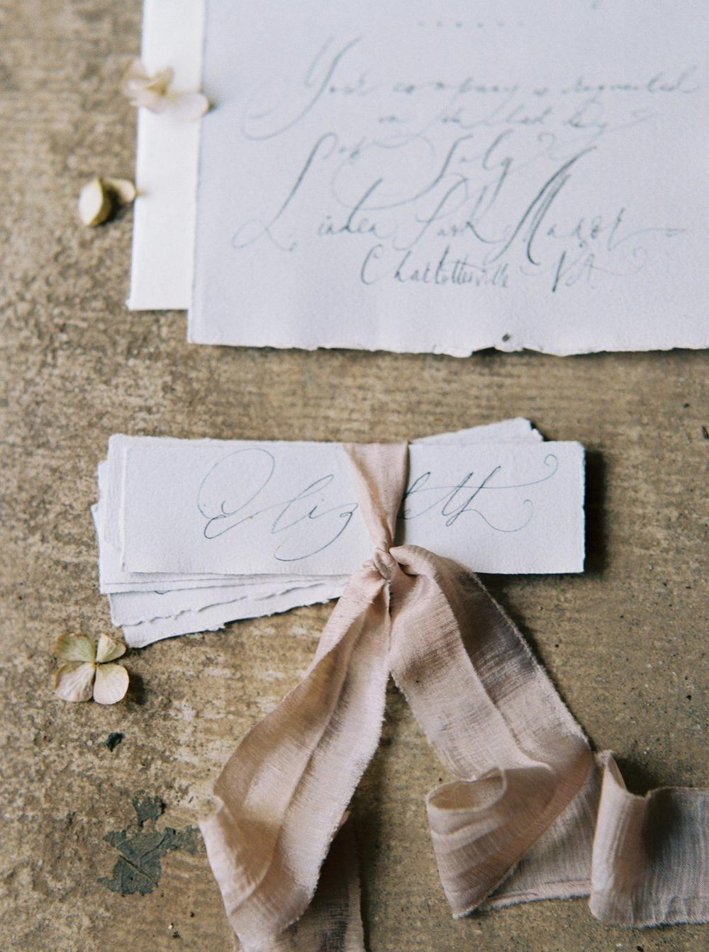 6-natural-wedding-calligraphy-tara-spencer.jpg