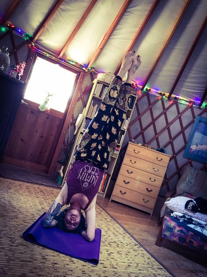 yurt stand.JPG