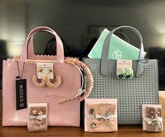 Brighten up this cold, gloomy, wintry day with some pretty pastels from Violet & Brooks and UnBillion handbags! Michigan friends - this is the last day of the #metromichiganwomenswearmarket. Come see Lindsey in room 241 for your spring accessories.  #americanmade #fashionaccessories #boutique #shopsmall #silverliningproduction #silverliningshow #livonia #michigan #wholesale