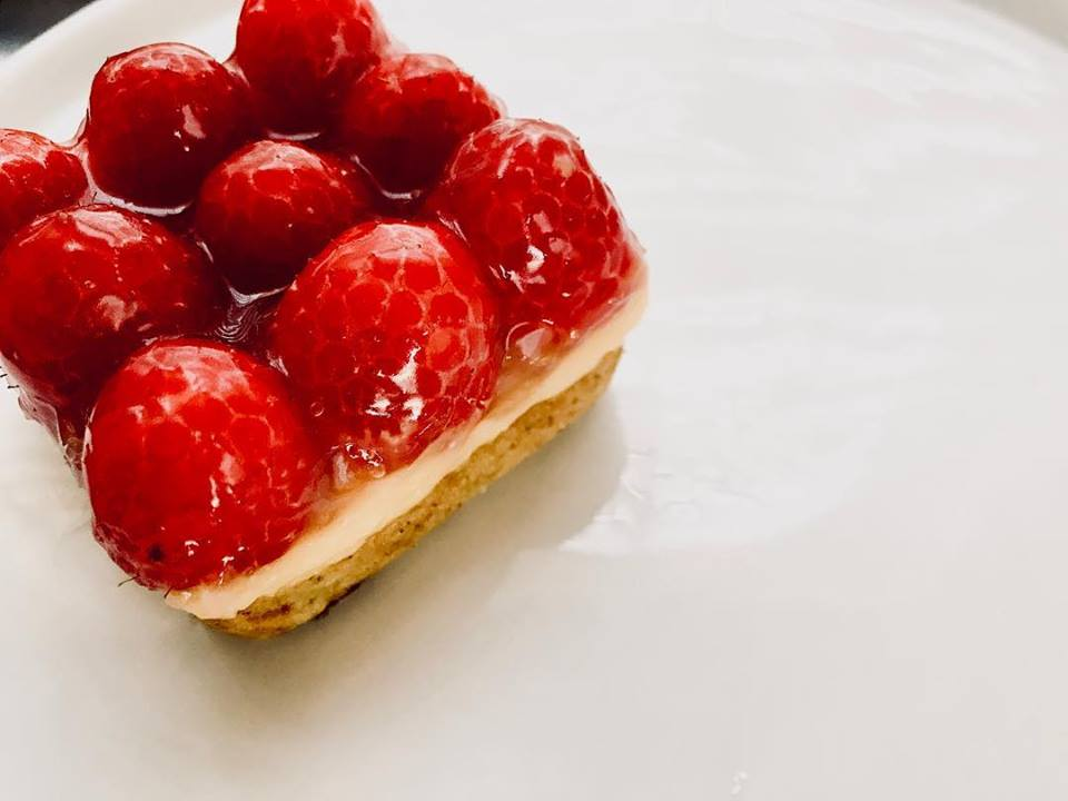 Raspberry Lemon Bar.jpg
