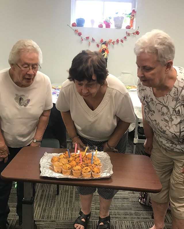 Our free exercise class 'Moving & Grooving' is not always about exercising 😉 Recently our wonderful ladies celebrated their birthdays 👏🎉 Absolute Rehab wishes you a lifetime of health & happiness!! 😊 AS A REMINDER: our exercise class is every Thursday at 1pm - 2pm; free of charge! Everyone is welcome to join the fun 😉  #absoluterehab #nutleynj #physicaltherapy #newjersey #exerciseclass #therapy #pt #dpt #pta #workout #birthday #free #essexcounty #feelbetter #movebetter #livebetter