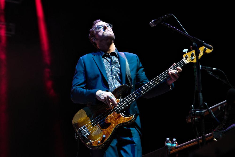 Weezer 8-1.jpg