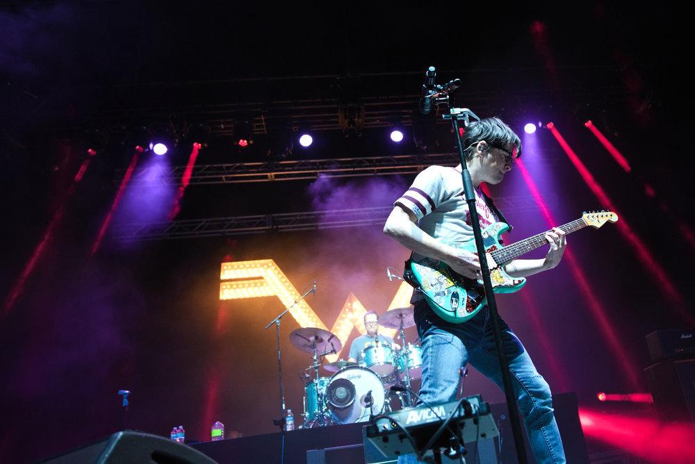 Weezer 11-1.jpg