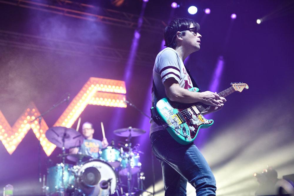 Weezer 12-1.jpg