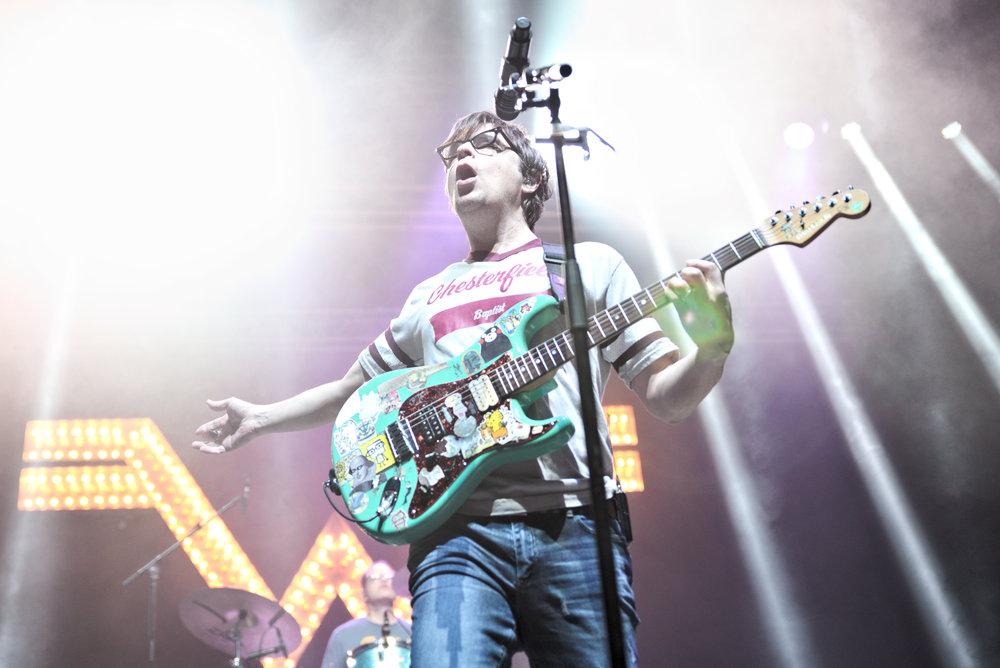 Weezer 19-1.jpg
