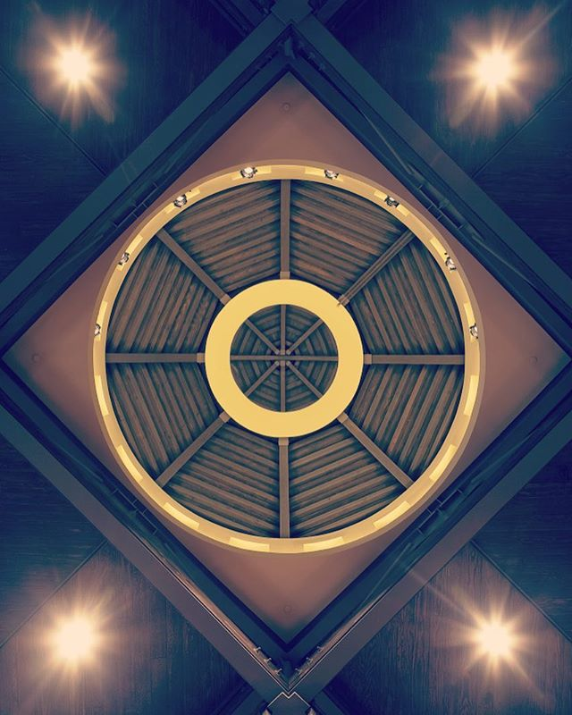 Have you ever thought about how ceiling heights can affect the way you experience a space? If you think about religious spaces, cathedrals have grand ceilings whereas chapels have low intimate ceilings. The cathedral is designed to bring people together and to encourage thoughts of wander and creativity. The chapel is designed for focus thoughts and reflection. The ceiling of these spaces is what drives these thoughts.