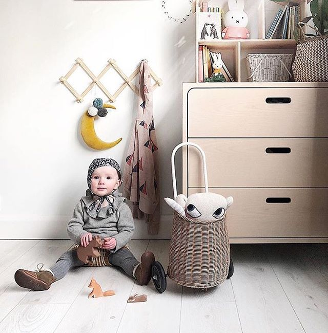 A lovey capture @coral.atkinson! All clothing on our site is up to 60% off #waddler #waddlerclothing #pierrotjumper