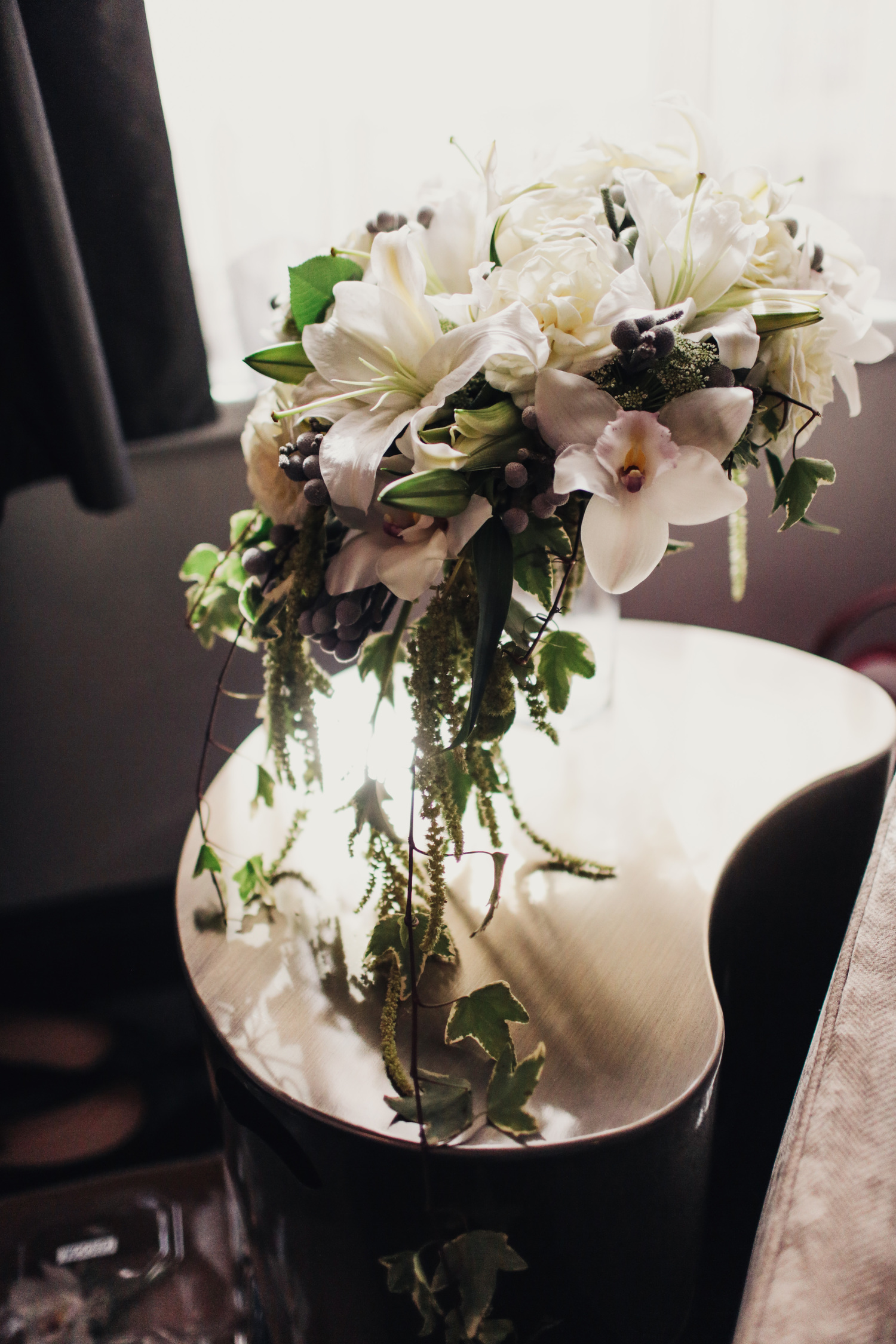 About Artistic Blooms