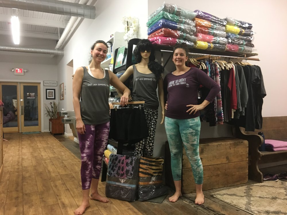 5-month pregnant Emily says these super-comfy leggings make awesome maternity pants! She also says that you're SO lucky she went to yoga today. #thugyoga