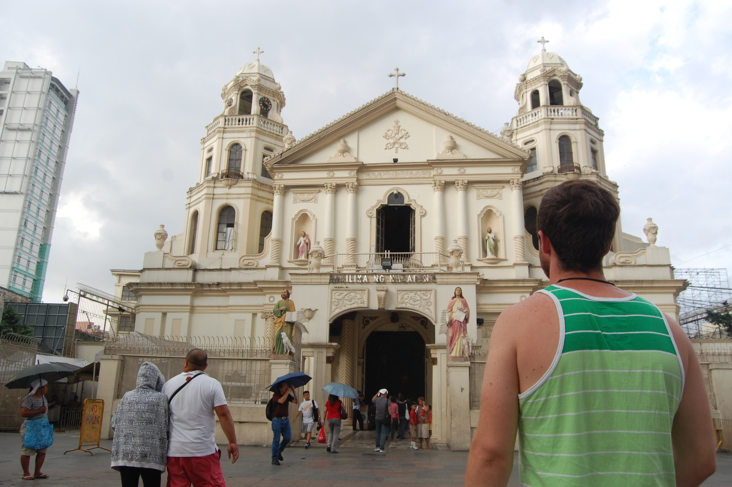quiapo_church