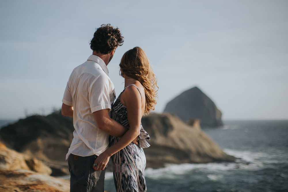 Cape Kiwanda Coast Engagement Photography-1.jpg