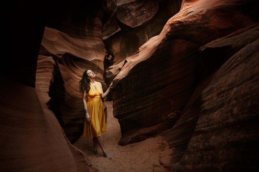 Antelope Canyon Portrait Photography-1.jpg