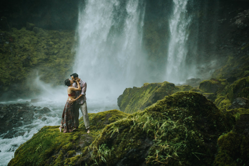 Portland Elopement Adventure Wedding Photographer-21.jpg