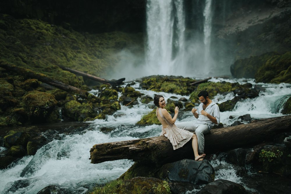 Portland Elopement Adventure Wedding Photographer-11.jpg