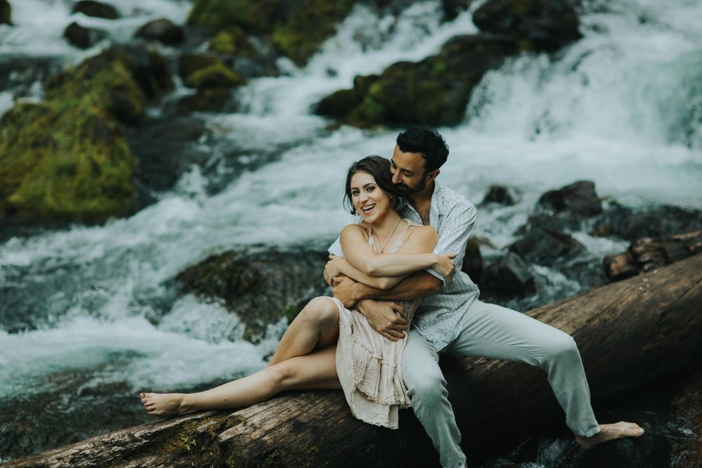 Portland Elopement Adventure Wedding Photographer-6.jpg