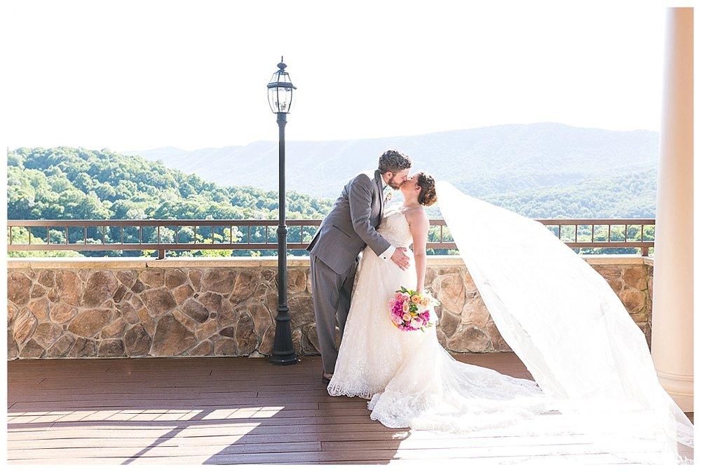 Irvine-Estate-Lexington-Wedding-102_WEB.jpg