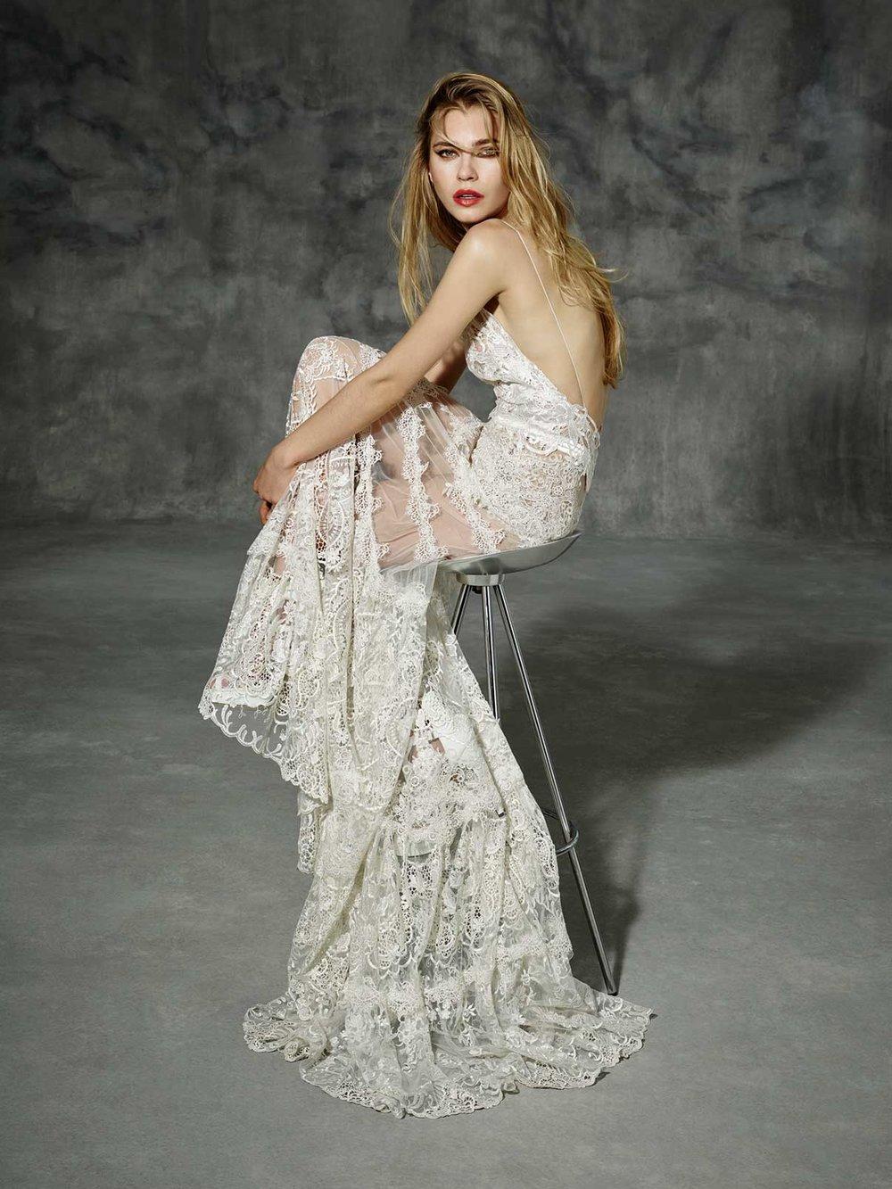 wedding-dresses-MUNTANER_2_yolancris_boho_folk_dress_barcelona_2016_chic_novia_vestido.jpg