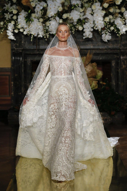 wedding-dresses-new-york-bridal-week-2016-wedding-dress-trends-2017-brides-usa-ny-yolan-cris-yolancris-new-collection-fashion-show-28.jpg