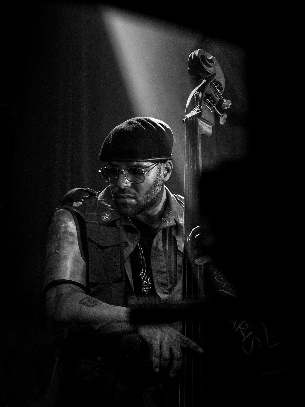 P1011133_Miles Mosley 2 - Kamasi Washington show - by Elina Tran.jpg
