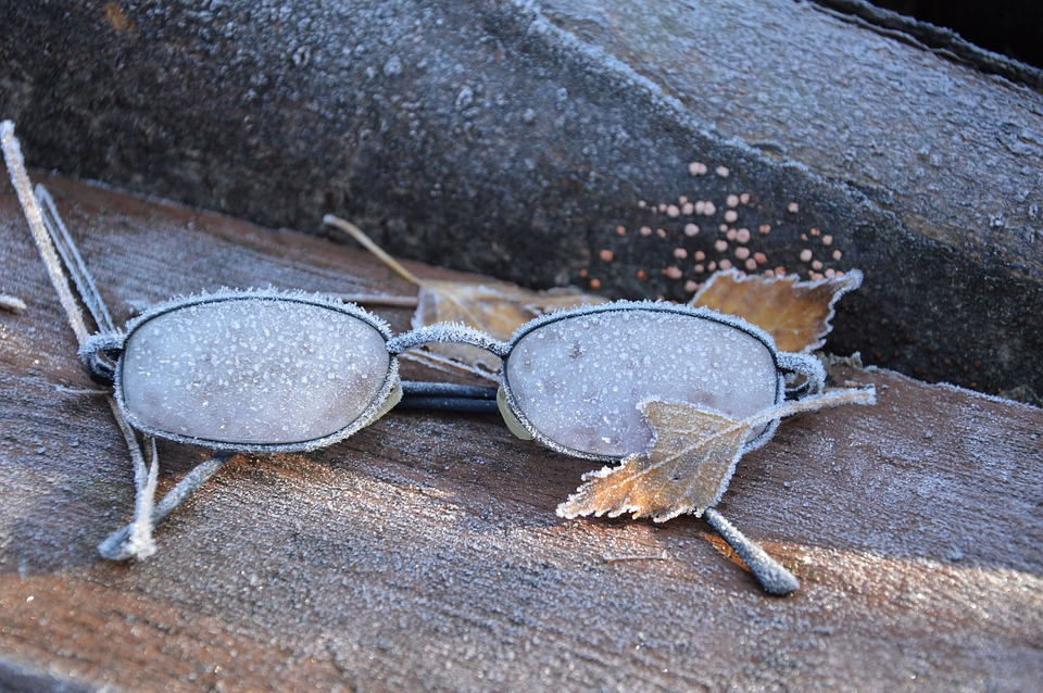 glasses-1081385_960_720.jpg