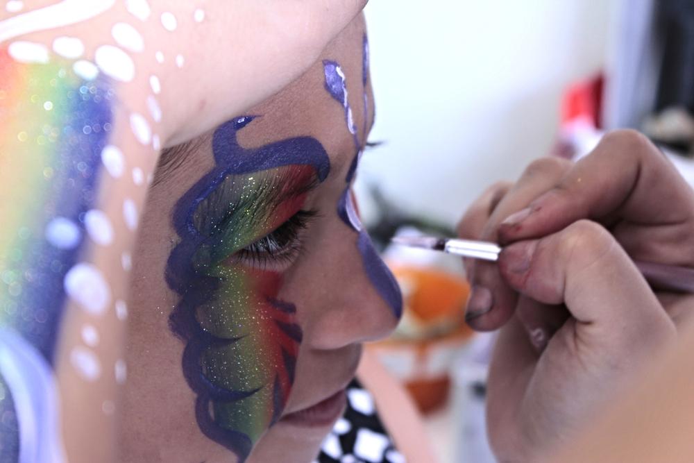 Banner - Face Paint brush smile.JPG