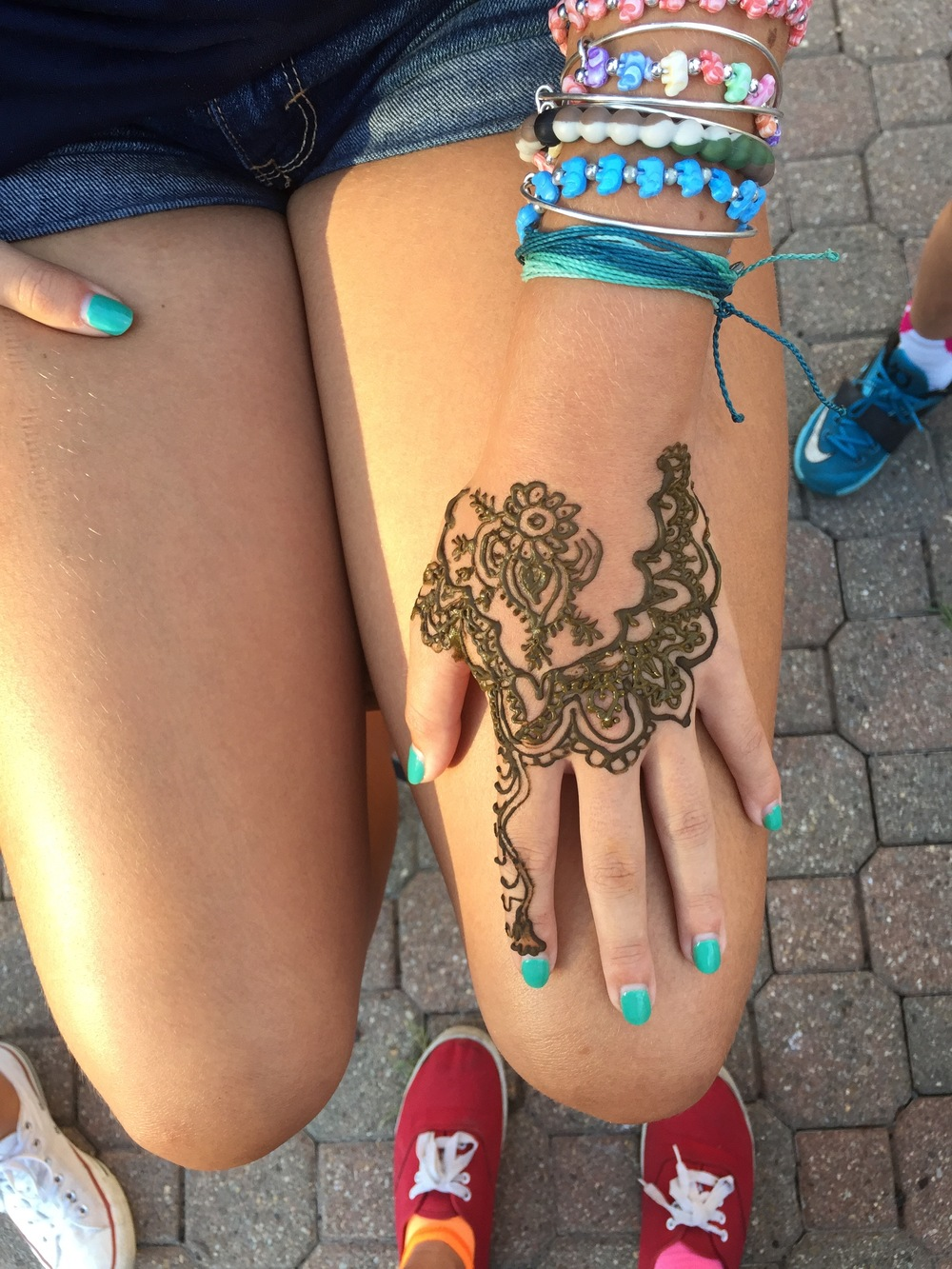 Henna Love Peace And Paint